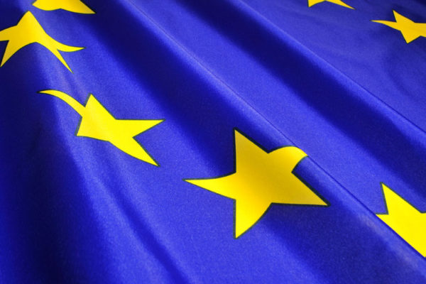 Nos adaptamos a la política europea